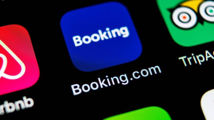Airbnb Stock Price Today : Airbnb Stock Investing After The Ipo Retire Before Dad : The offering consists of almost 52 million shares at a price ...
