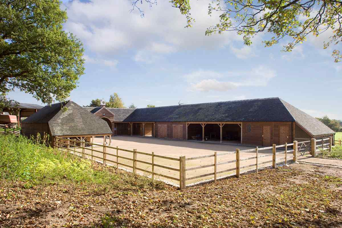 Eight Stables With Ancillary Stores Dog Kennels And Log Store