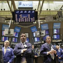 wall-street-trading-floor-nyse-traders=broker-dealers-velox-clearing-coronavirus-pandemic