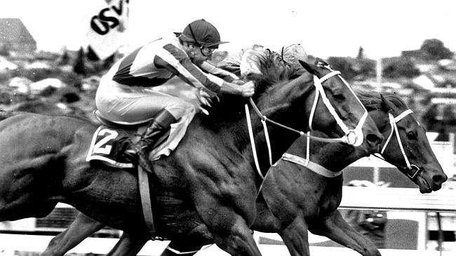 Bonecrusher (rails) wins the 1986 Cox Plate in thrilling fashion at Moonee Valley. The ra