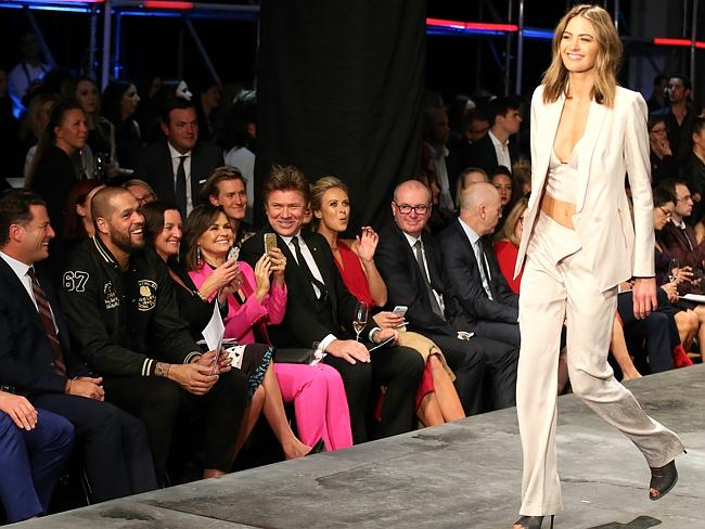 Jesinta Campbell walks the David Jones catwalk, cheered on by front row guests the Today