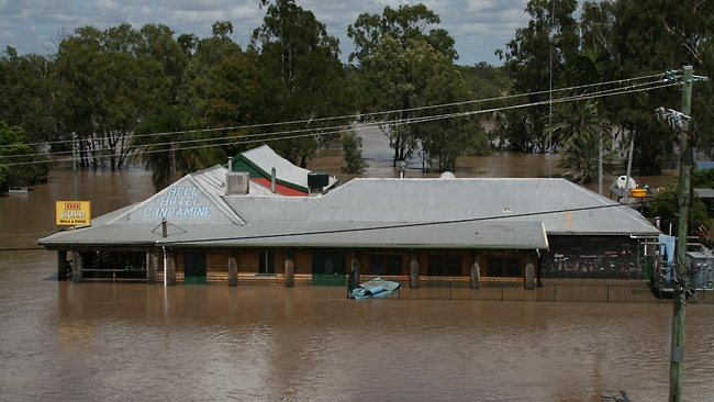 flood condamine hotel