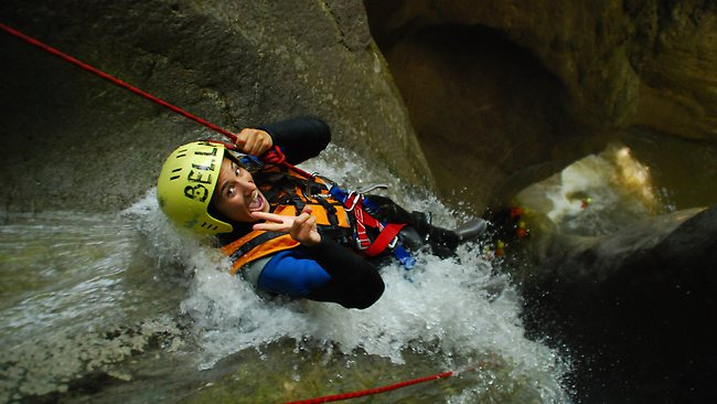 Canyoning switzerland escape