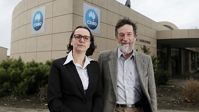 Alderman Helen Burnet and former CSIRO researcher Stuart Godfrey outside the CSIRO in Hob