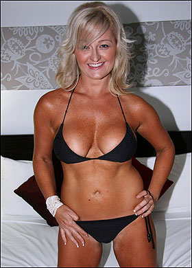 lewes cougar women Lewes women over 50 50+ ladies in lewes find dating 50+ in lewes whether you're a mature lady seeking men your own age or a hot cougar who wants sex with a younger man.