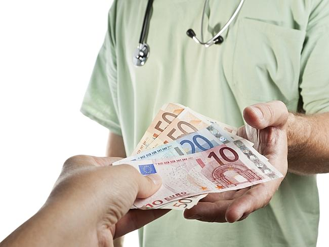 The commission recommends an end to universal healthcare in Australia.