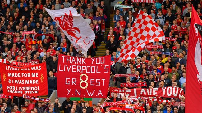 Liverpool fans pay tribute.