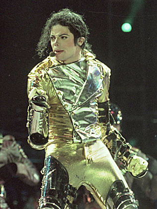 https://i0.wp.com/resources3.news.com.au/images/2010/06/18/1225881/561611-michael-jackson.jpg