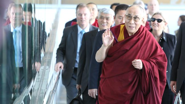 Dalai Lama cracks gaseous gag