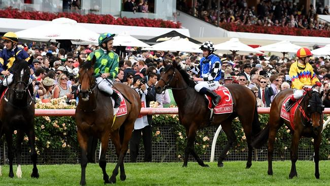 The Victorian clubs hope Seven will commit to the state's 4000-plus races a year going in