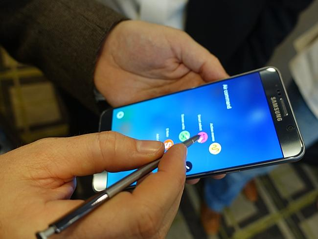 The write way ... Samsung has upgraded the S Pen features on the Galaxy Note 5 smartphone
