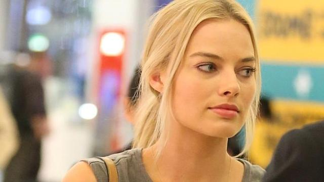 Margot Robbie arrives in Sydney yesterday