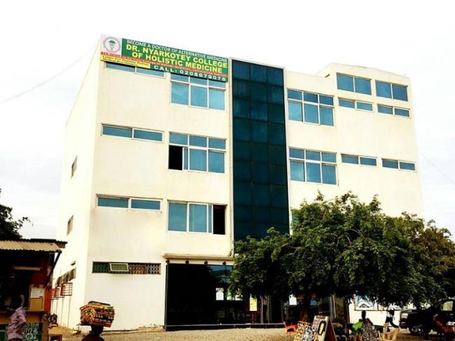 Raphael Nyarkotey Obu's college