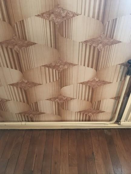 Etat des murs et du plancher en bois, celui-ci sera conservé et rénové