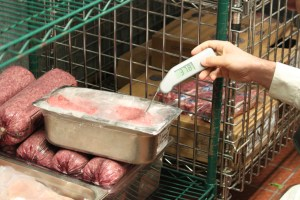 Fight Foodborne Illness: Know the Right Temperature