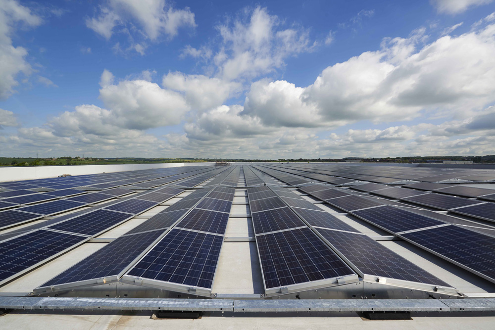 commercial solar panels in the UK