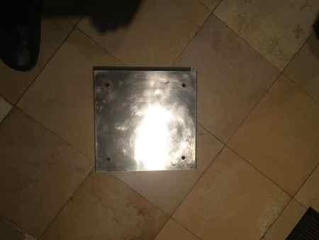 Grundplatte aus Edelstahl für einen Edelstahlschornstein