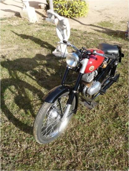 Montesa Comando 150 14