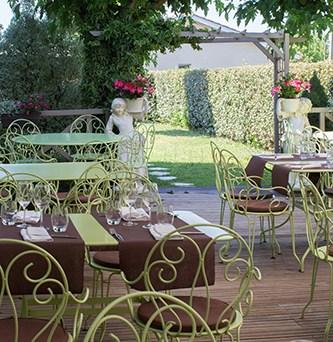 restaurant-aboslu-auros-1-sur-58