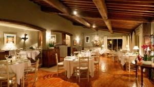 interieur restaurant les santons