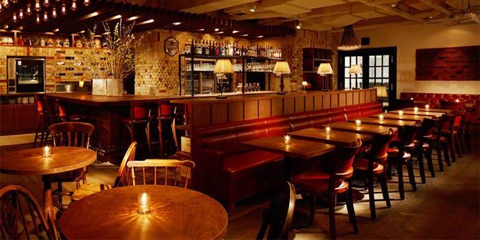 Cafe & Rotisserie LA COCORICO 上野 (カフェ アンド ロティサリー ラ ...