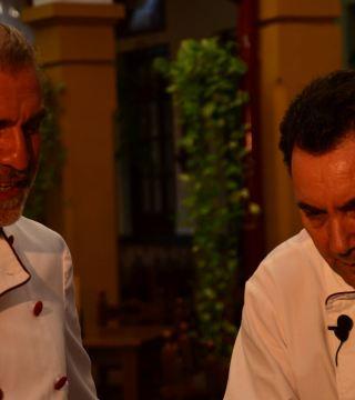 La television de Turquia en el Restaurante Sociedad Plateros Maria Auxiliadora 10