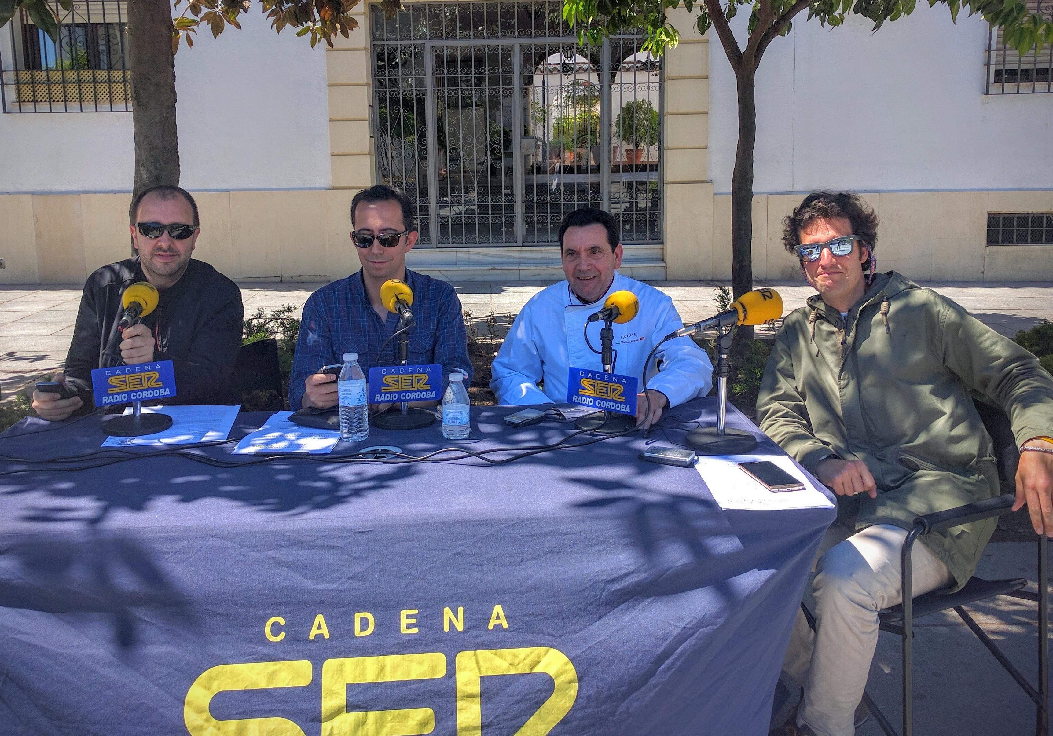 La Cadena SER y el Restaurante Sociedad Plateros Maria Auxiliadora Dia del Salmorejo