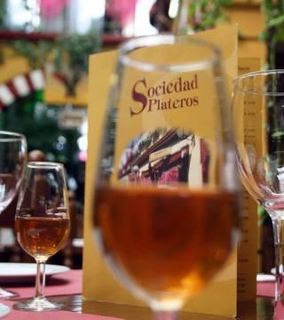 Despacho de vinos a granel Sociedad Plateros María Auxiliadora 04