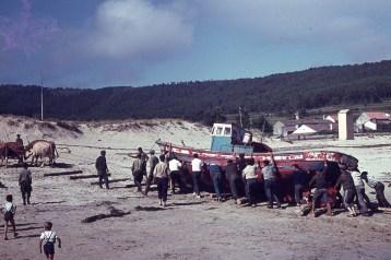 Sardiñeiro subindo barcos