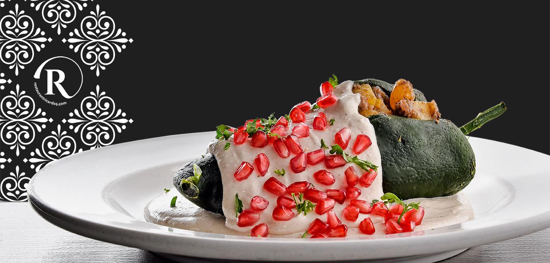 Promocional de nuestros tradicionales Chiles en Nogada durante el mes de Septiembre.