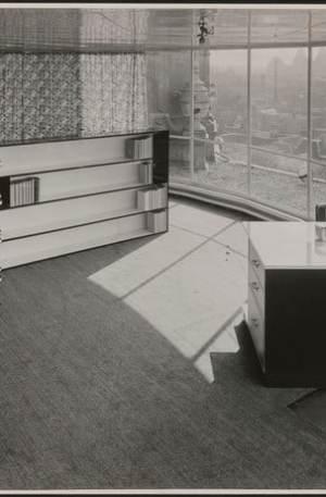 koepel Metz & Co, interieur met boekenkast