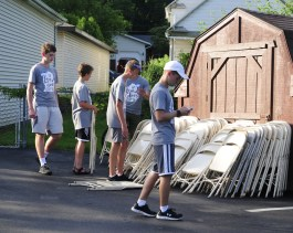 2018 RHH Independence Parade clean up crew 2