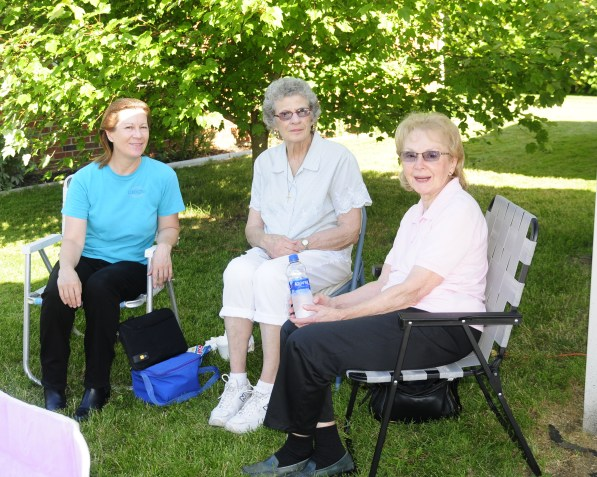 2018 RHH Independence Parade residents and guests-12