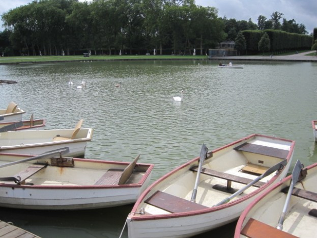 Rowing boats on the Grand Canal