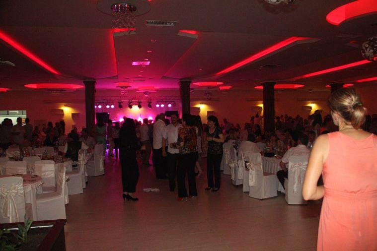 svadbeni-salon-dvor-44