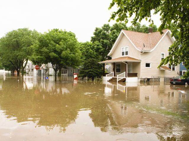 07lg-house-flooded