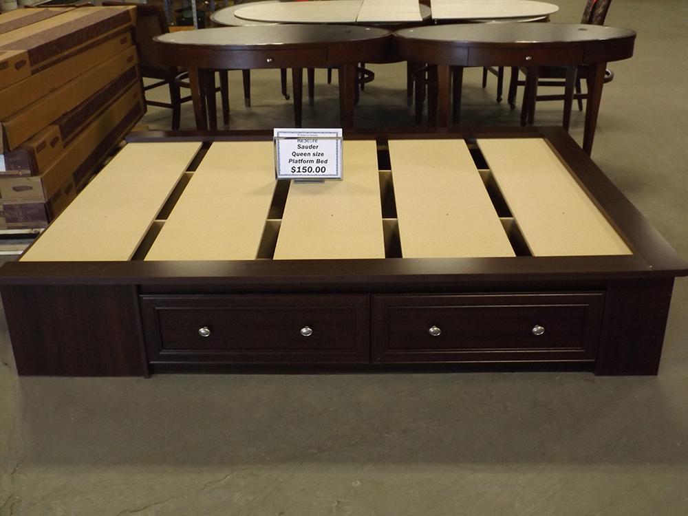 Furniture Platform Bed
