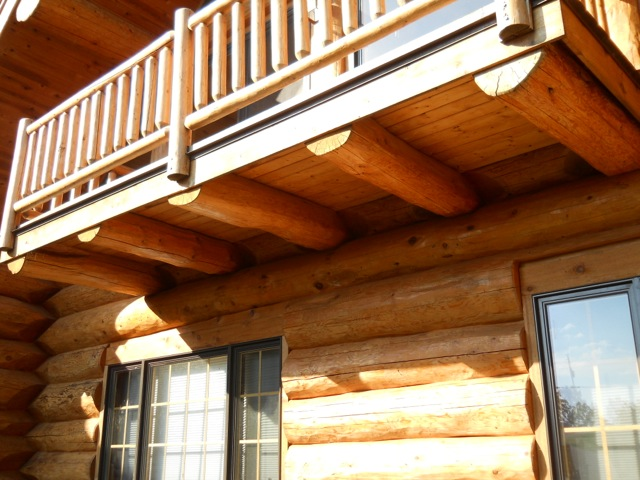 Common Problems With MiddleAged Log Homes  Edmunds  Company