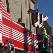Whiteside-Theater-marquee,-Corvallis-2013