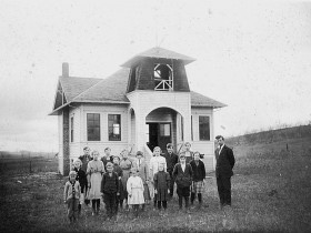 . Undated photo of Sunnyside School with bell tower (Photo courtesy Benton County Historical Society)
