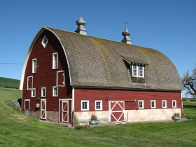 The Winn Barn in Weston is listed in the National Register. (Photo courtesy State Historic Preservation Office)