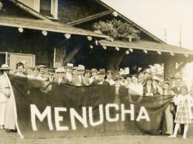 "Meier & Frank employee picnic group behind a big ""Menucha"" banner c. 1918 (photo courtesy of Menucha Retreat and Conference Center)"