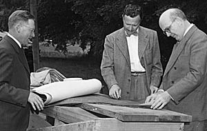 Architect Pietro Belluschi and a partner review blueprints for new chemistry building in 1948 with chemistry professor Arthur F. Scott. (photo courtesy Reed College archives)