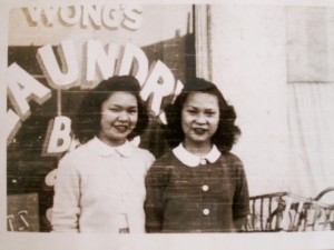 Girls in front of the window (photo courtesy Portland Chinatown History and Museum Foundation)