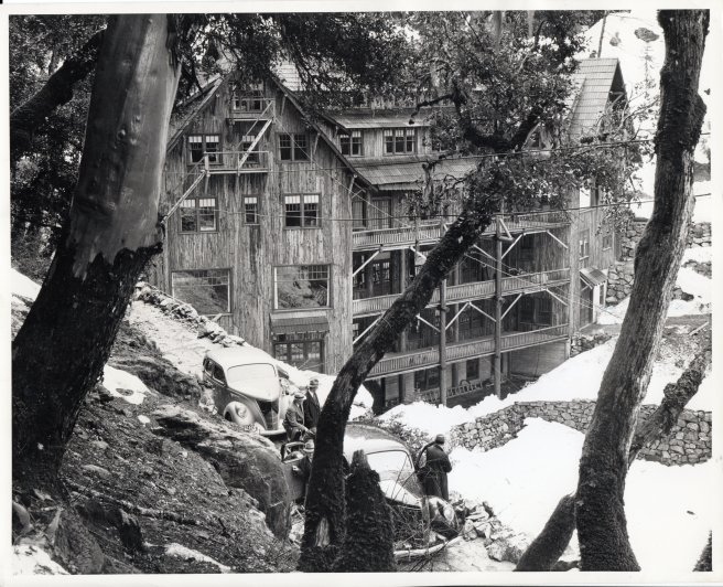 Oregon Caves Chateau - historic photo