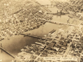 a2004-002-73-portland-from-the-air-c1926