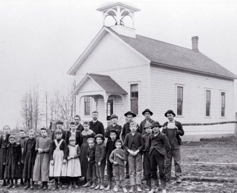 a1st Concord School and class in 1890