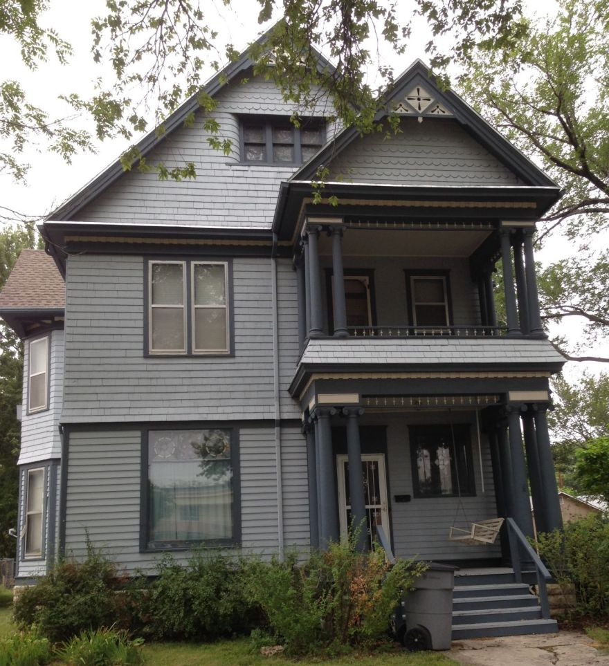 The Ashbel J. Crocker House, 819 Constitution, Emporia, Kansas, designed by Charles W. Squires in 1898.