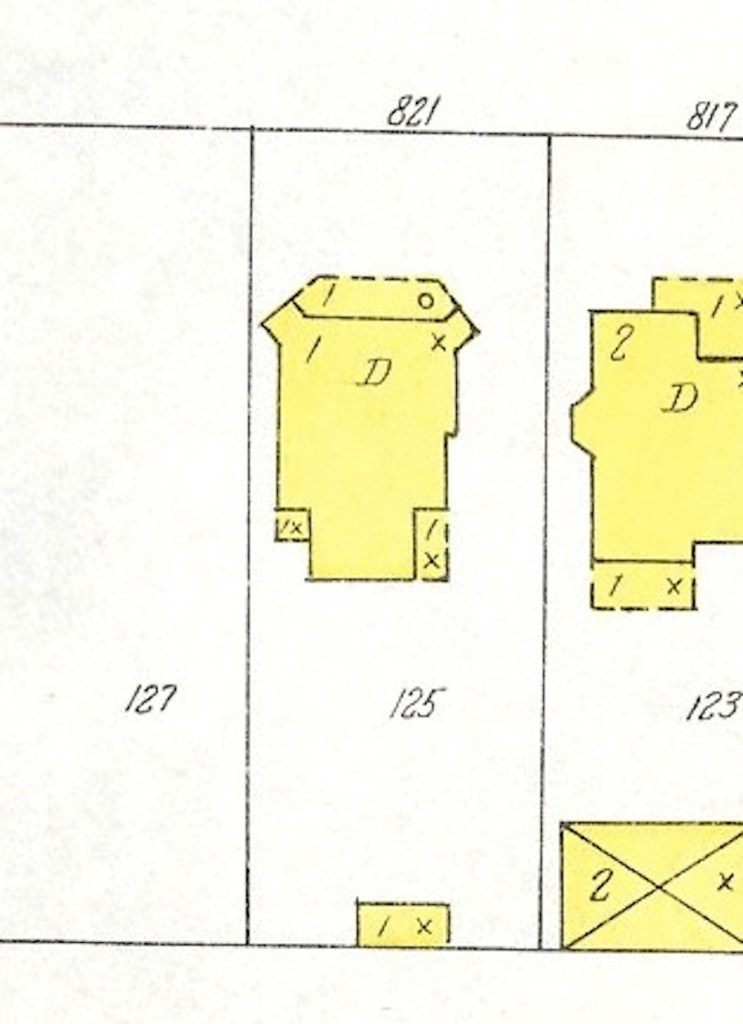 This Sanborn map from 195 clearly shows the lost front porch.