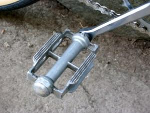 Aluvac pedals